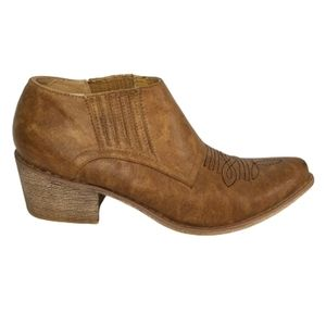 Coconuts 10 M tan western ankle boots